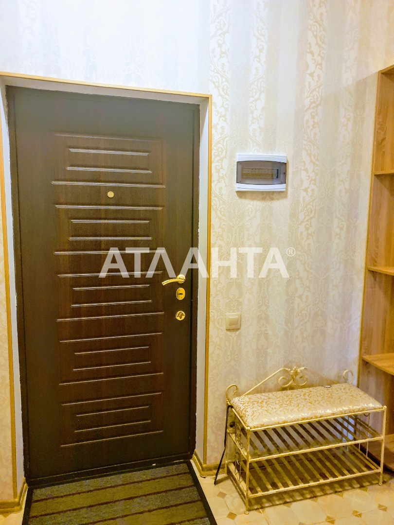 продажа двухкомнатной квартиры номер A-153185 в Приморском районе, фото номер 13